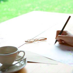 インターンシップ-志望動機-例文-お礼状-メール-遅くなった-手紙-封筒